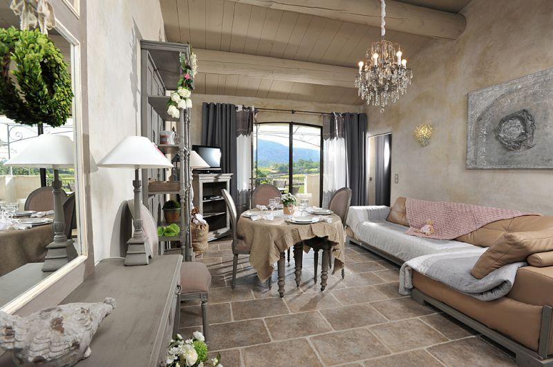 Provence Apartments Villa For Rent Rent Villas Classic