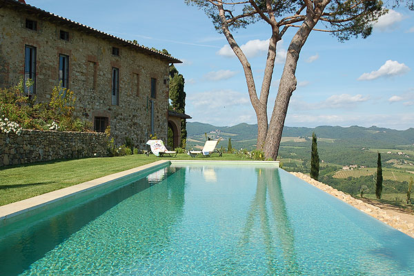 Villa Cantine in Tuscany