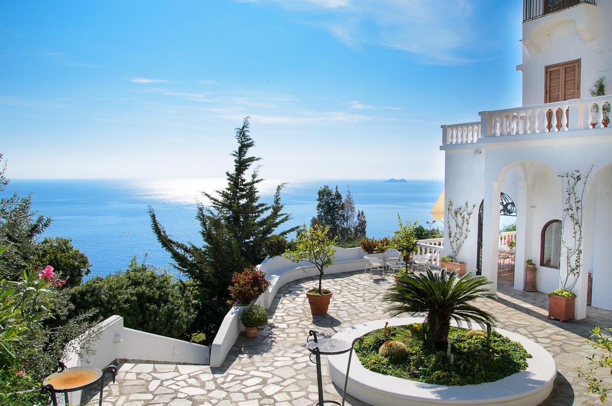 Villa Cesare Villa For Rent Rent Villas Classic Vacation