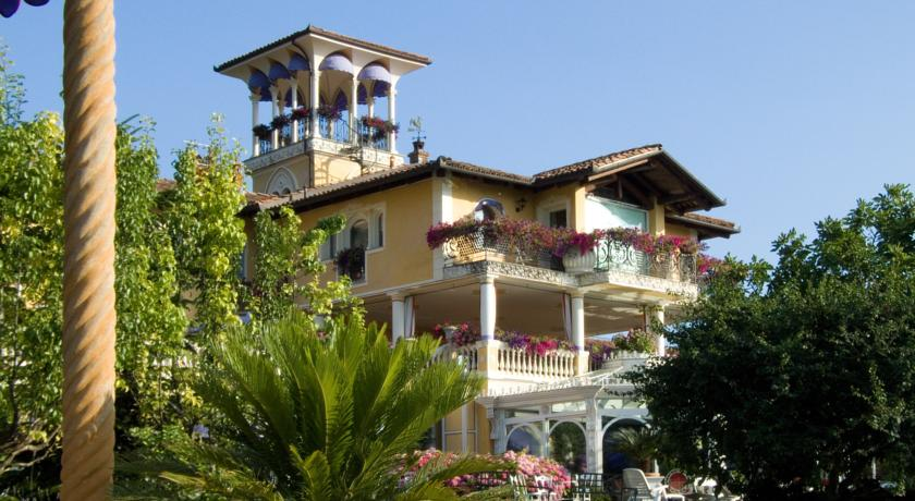 Villa Gabriella in Northern Lake