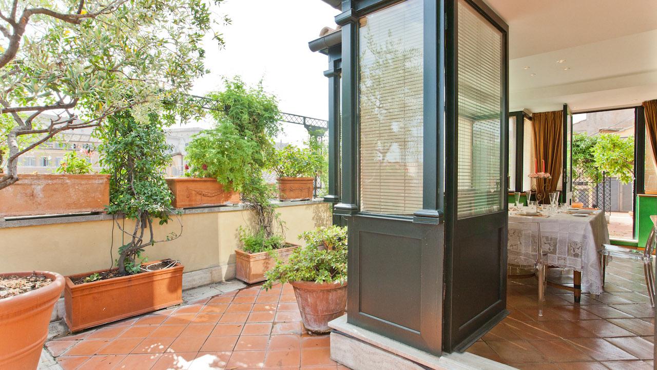Trevi Penthouse Villa For Rent Rent Villas Classic