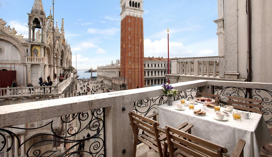 Lions of San Marco in veneto